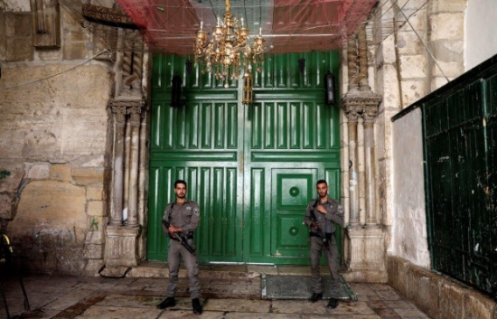 إسرائيل تواصل إغلاق الأقصى لليوم الثاني على التوالي