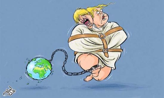 عالم يحكمه المجانين