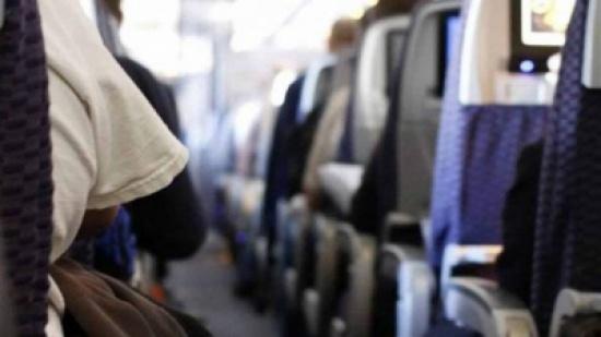 لماذا يتم إطفاء الأنوار في الطائرة عند الإقلاع والهبوط ؟