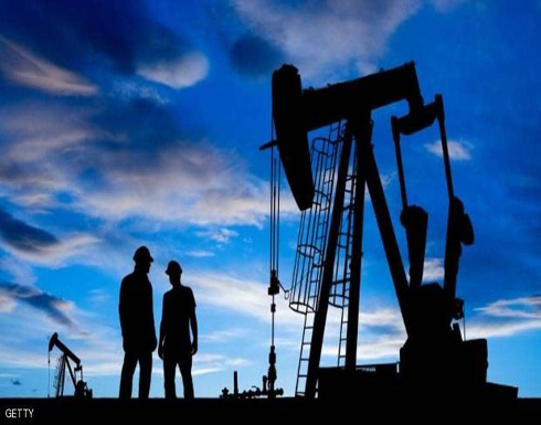 النفط يهوي 7 في المئة بعد رسوم ترامب على الصين