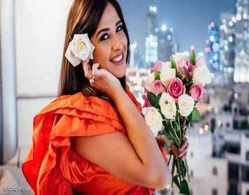 ياسمين عبد العزيز تنهي علاجها في سويسرا و تعود الى مصر