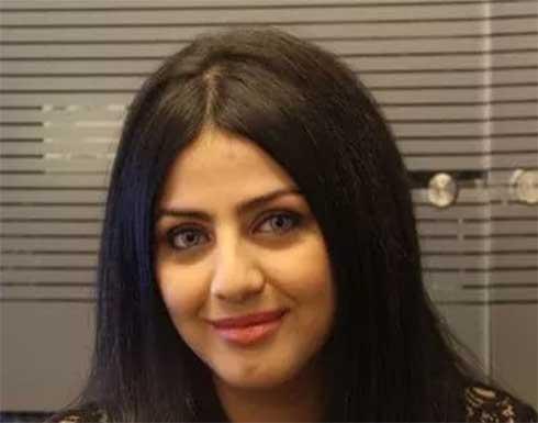 فنانة شهيرة تعلن ارتدائها للحجاب .. بالفيديو