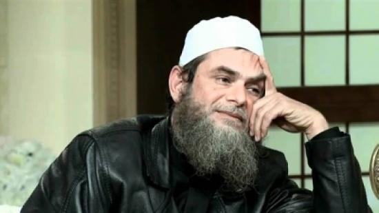 """""""فتوى غريبة """".. داعية سلفي مصري: الثورة ضد السيسي وعصيانه حرام شرعاً"""