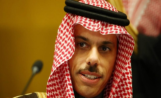 وزير الخارجية السعودي يصل إلى العراق