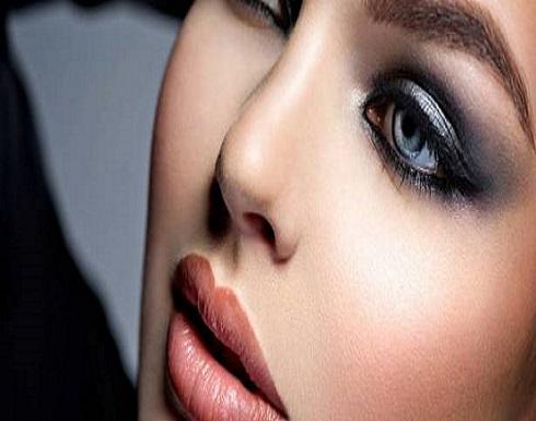 بالفيديو-حيلة بسيطة للحصول على ظل عيون «سموكي» مميز