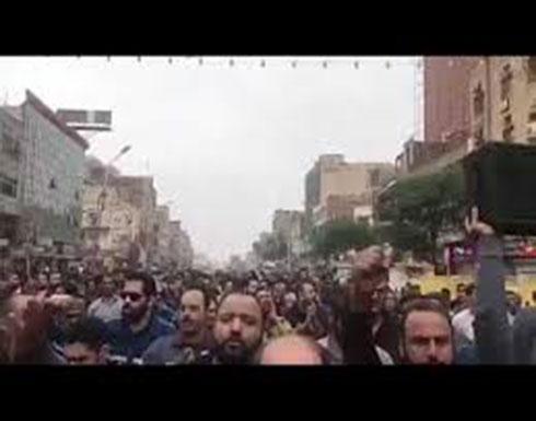 بالفيديو : تصاعد وتيرة الاحتجاجات العمّالية جنوب غربي إيران