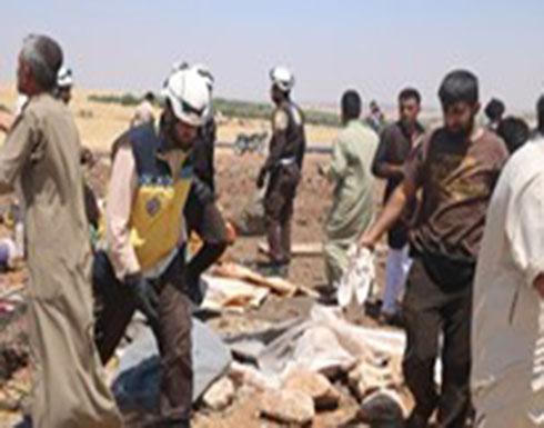 شاهد : طائرات الأسد الحربية تستهدف مخيماً للنازحين في بلدة دير شرقي بريف ادلب