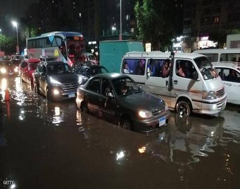 مصر.. توجيه رسمي بإيقاف الأنشطة السياحية