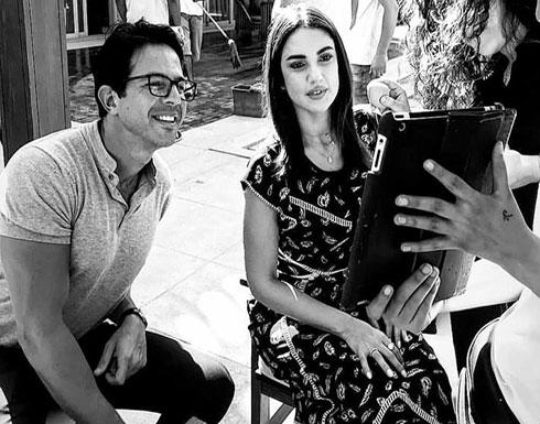 """صورة- درة وعمر الشناوي بالأبيض والأسود في كواليس """"بلا دليل"""""""