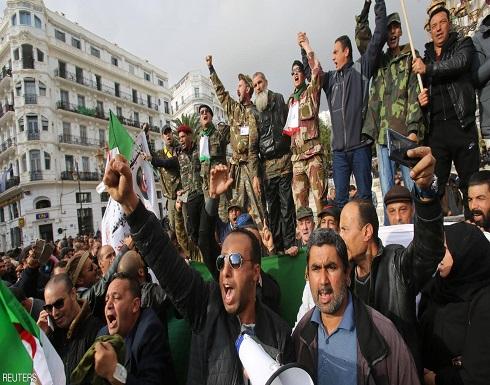 قبل يوم الانتخابات.. مظاهرات وتشديدات أمنية في الجزائر