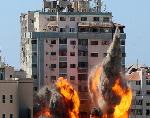"""""""أسوشيتد برس"""": مصدومون ومذعورون بتدمير إسرائيل برج الجلاء وهذا تطور لا يصدق"""