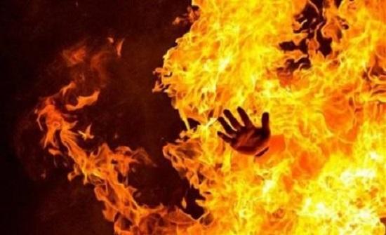 مصري يقتل زوجته وابنته بسكب البنزين عليهما