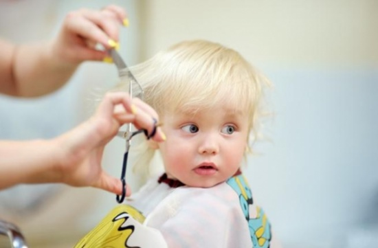 نصائح رائعة للاهتمام بشعر الأطفال القصير والضعيف