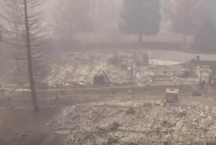 شاهد .. لقطات مؤلمة لما خلفته حرائق غابات كاليفورنيا
