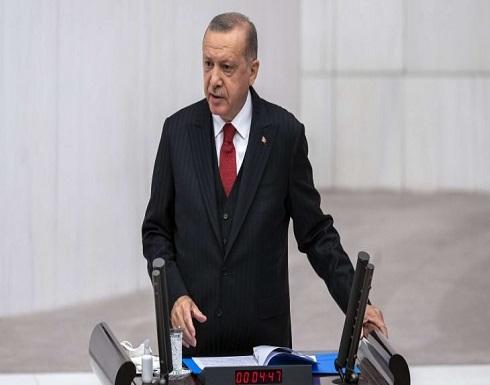 أردوغان: الاتحاد الأوروبي كيان ضحل خاضع لليونان