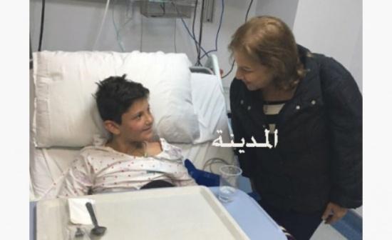 بالفيديو : لقاء في المستشفى مع والد أول الناجين من حادث البحر الميت
