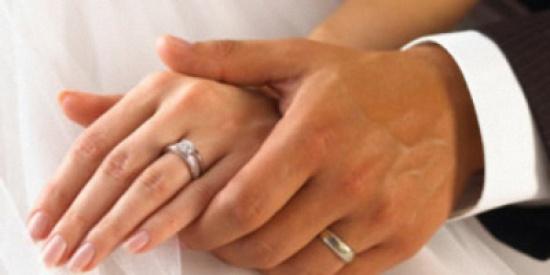بالصور- أجرأ ليلة زفاف في العالم!!