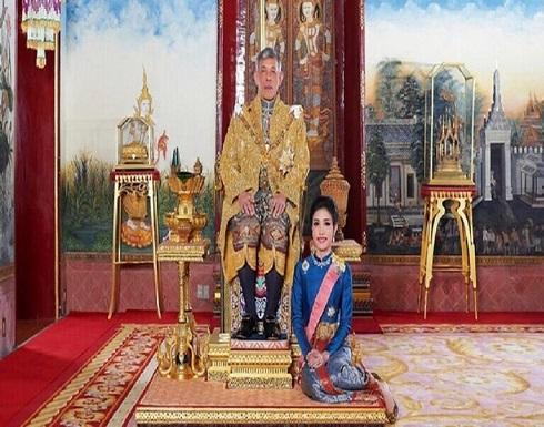 خلافات الحاشية تسرّب صورا حميمية لعشيقة ملك تايلاند
