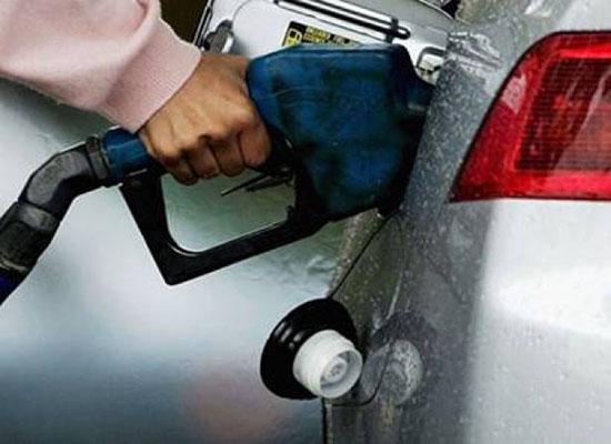 أشياء تستهلك 20% من وقود السيارة .. تخلص منها