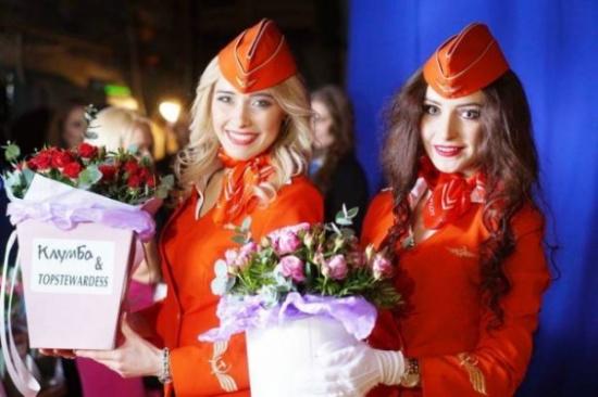 بالصور.. أجمل مضيفة طيران في روسيا!