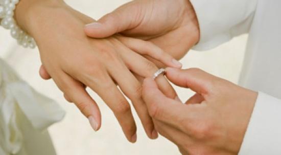 بالصور.. 9 مشاهير مصريين فضلوا العزوبية.. أحدهم خطب 12 مرة وآخر رفض الزواج بسبب أمه
