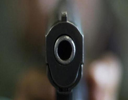 """عربي يطلق النار على شقيقته بسبب """"إفساد نومه"""""""
