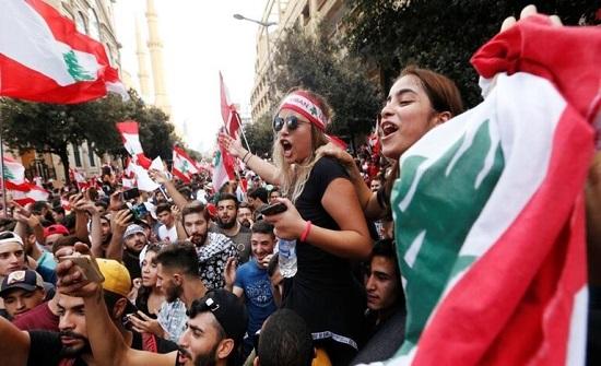 بالفيديو.. احتجاجات لبنان تنقلب إلى فلتان أمني في طرابلس