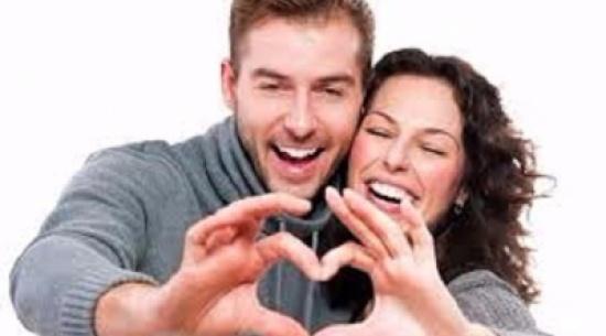 """5 عبارات يجب أن تقولها لزوجتك عوضاً عن كلمة """"أحبك"""""""