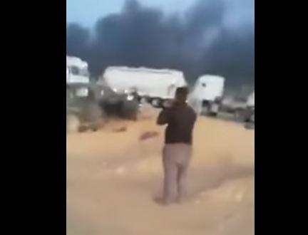 شاهد ... مسلحون يستهدفون شاحنات في سيناء ومقتل تسعة سائقين