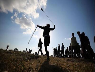 متظاهرين قرب الحدود الشرقية لقطاع غزة  ارشيفية