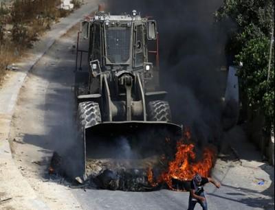 جرافة تابعة للجيش الإسرائيلي - أرشيف