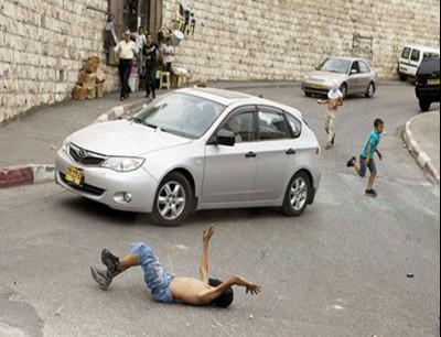 مستوطن يدهس طفلة فلسطينية