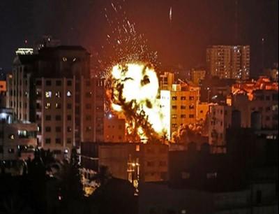 قصف غزة ارشيفة