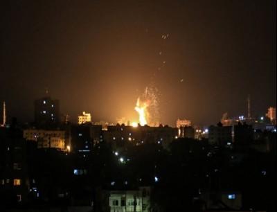 قررت سلطات الاحتلال فجر الخميس وقف إدخال الوقود إلى قطاع غزة