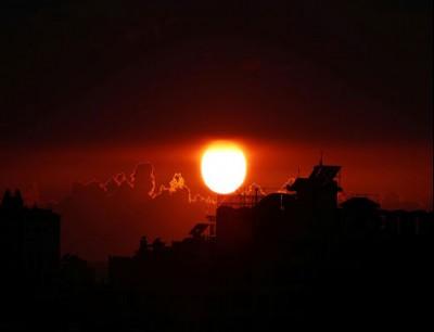 السماء فوق قطاع غزة