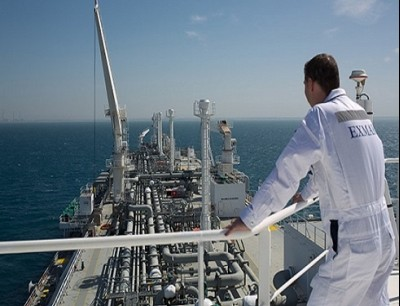 التنقيب يجري بجوار موقع لاستخراج الغاز اللبناني