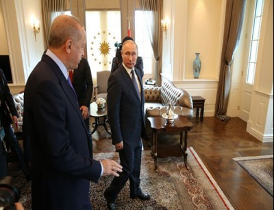 وصل وفد روسي إلى أنقرة لإجراء مباحثات بشأن إدلب