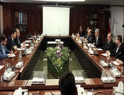 اجتماع بين وزير الطاقة الإيراني،ووزير الموارد المائية السوري
