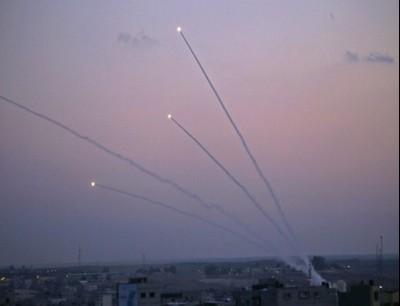 إطلاق صواريخ من غزة