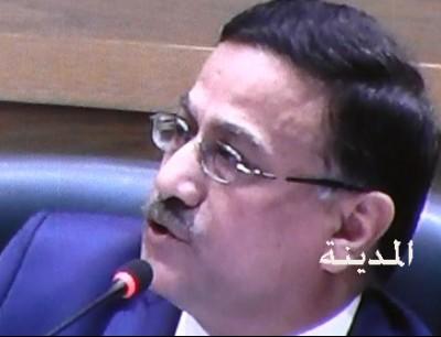 وزير المالية الدكتور عزالدين كناكرية  - ارشيف المدينة نيوز