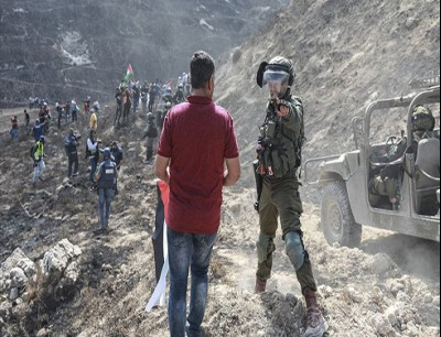 إصابة 7 فلسطينيين برصاص إسرائيلي