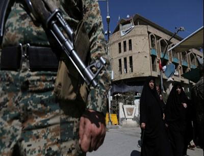 عنصر من الأمن العراقي في كربلاء