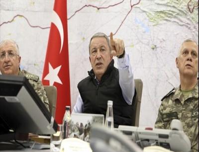 خلوصي آكار وزير دفاع تركيا