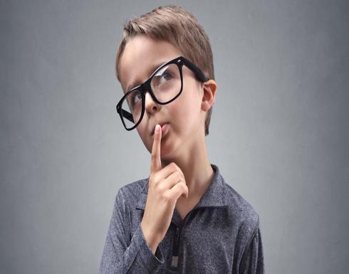 كم لغة يمكن أن يتعلمها طفلك قبل السادسة؟