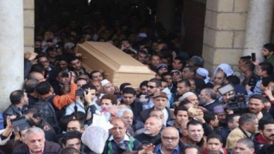 جنازة كريمة مختار مظاهرة شعبية بحضور النجوم – بالصور