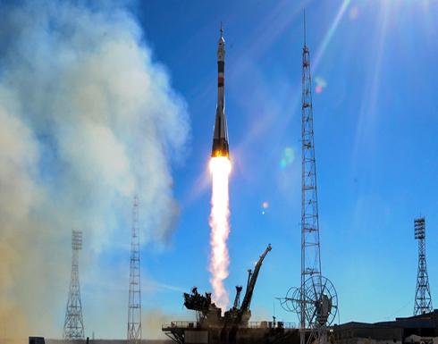 الصين تطلق أول صاروخ للأغراض التجارية يحمل 3 أقمار صناعية