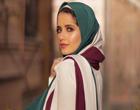 الحجاب الملون موضة أنيقة اعتمديها على طريقة المدونات المصريات