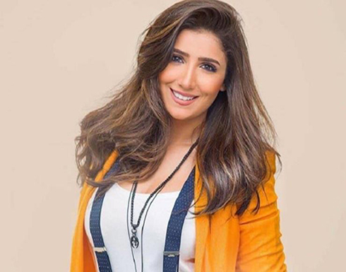 شاهد : مي عمر بفستان تايجر قصير ومثير تقول حارب من اجل احلامك