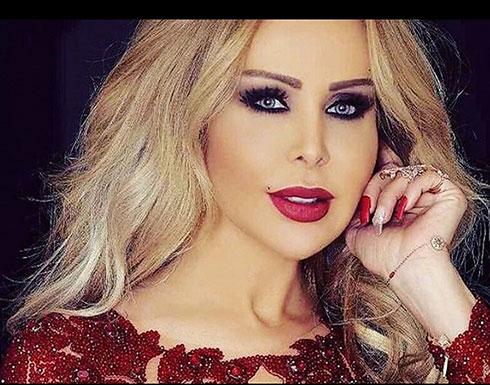 بـ فستان أزرق جريء .. رولا سعد تشعل الـ سوشيال ميديا