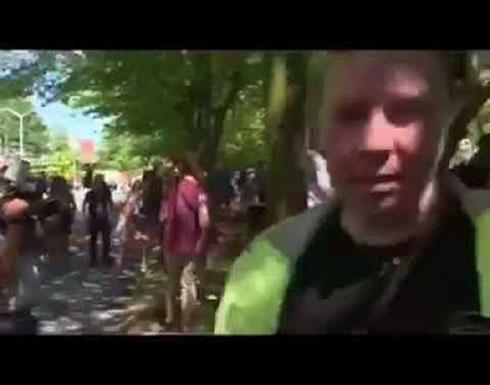 إشتباكات لمجموعات لليمين المتطرف في أمريكا مع الشرطة